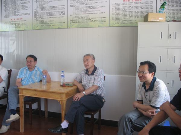 滁州市菜篮子办公室孙荣海主任及天长市农委何开银主任考察天翔蔬菜